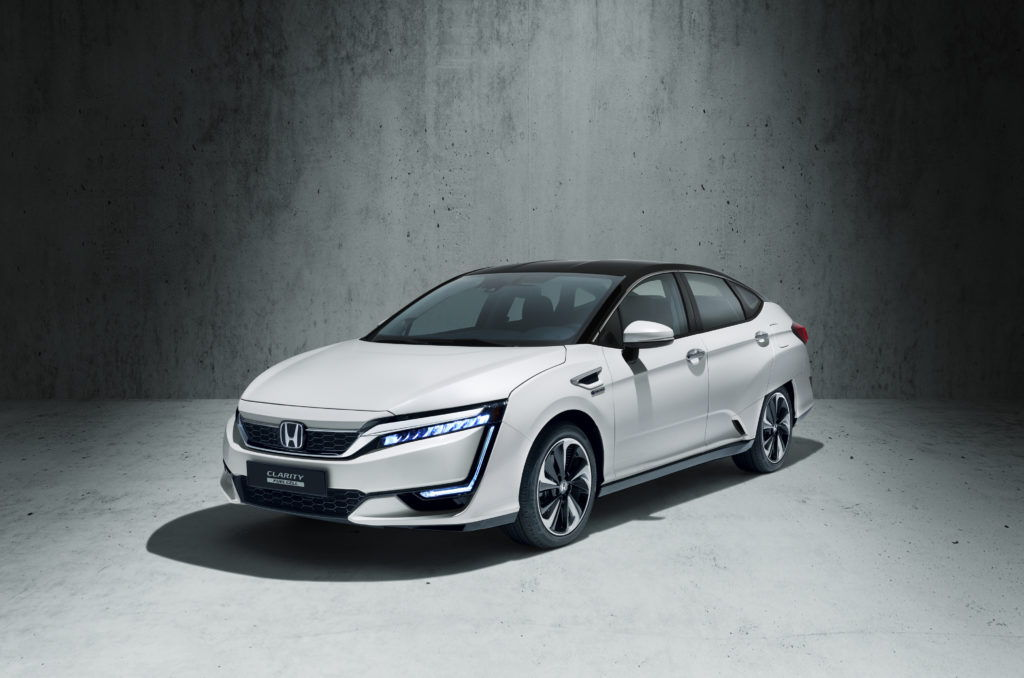 front view of a Honda Clarity car