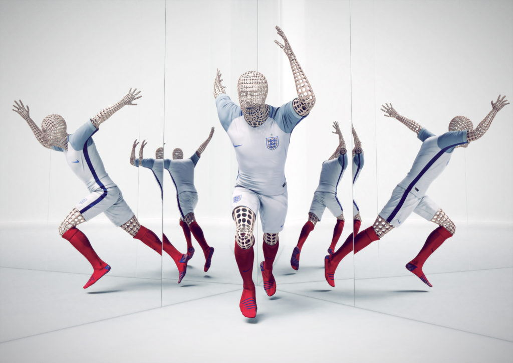 cgi wire frame bodies posed wearing a nike england football kit