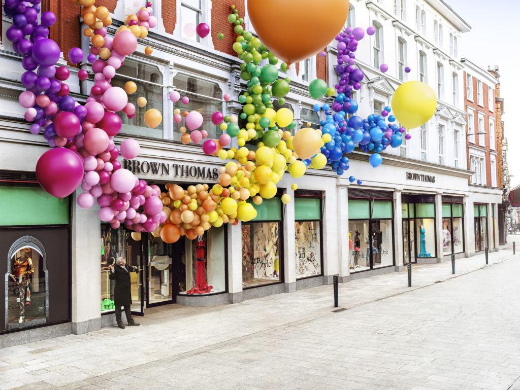 cgi ballons on a building boom cgi london